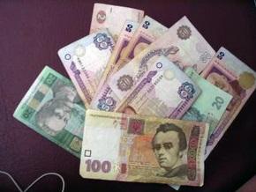 Курс гривни на межбанке вернулся к своему значению на начало года
