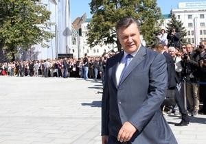 Янукович обещает, что власть будет поддерживать украинский язык, как единственный государственный