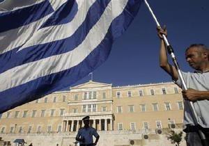 МВФ призвал пересмотреть финансовую помощь Греции
