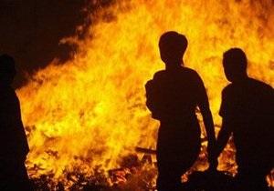 В Киеве сотрудники МЧС спасли от пожара пятерых человек