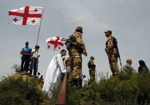 Саакашвили признался, что тайники с оружием сделали по его приказу