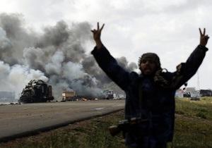 НАТО отрицает проведение подготовки ливийских повстанцев