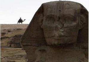 В Египте военные закрыли доступ туристов к пирамидам. Каирский музей древностей взят под охрану