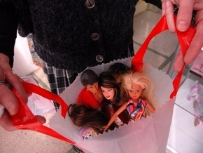 Фотогалерея: Киев отметил юбилей Барби