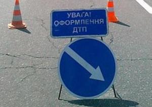 В Виннице водитель кроссовера сбил насмерть трех пешеходов