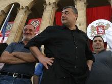 Грузия: оппозиция отказывается от мандатов и готовится к акции протеста