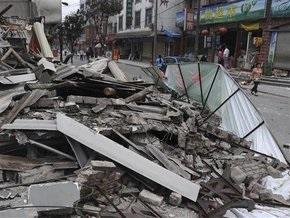В Китае произошло мощное землетрясение: повреждены тысячи домов