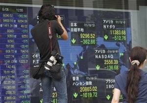 Европейские фондовые индексы снизились, золото дешевеет