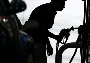 Предприниматели: Кабмин Азарова провоцирует  бензиновый  Майдан
