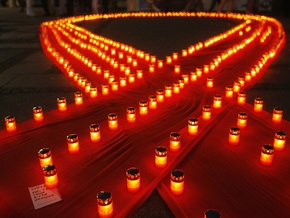 Эксперт: В 2009 году Украина получит на борьбу со СПИДом $35 млн от зарубежных доноров