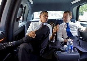 Медведев поздравил Обаму с Днем рождения