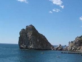 В Крыму погибла туристка, сорвавшись со скалы