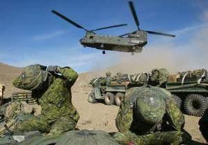 В Афганистане талибы сбили вертолет НАТО