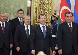 Медведев считает, что Грузия вряд ли что-то получила от выхода из СНГ
