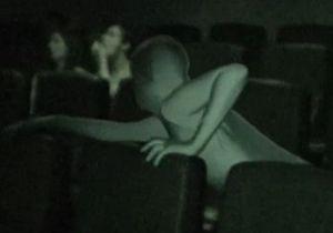 В лондонских кинотеатрах для борьбы с шумными зрителями нанимают ниндзя