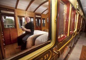 Житель Великобритании построил себе дом вокруг вагона поезда