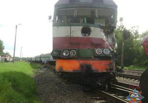 В Беларуси украинский поезд столкнулся с бетономешалкой