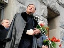 Добкин заявил, что его покусал Луценко