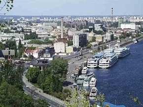 Рестораны и отели пользуются причалами Днепра незаконно - прокуратура