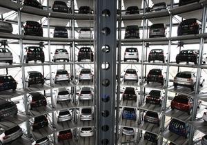 СМИ: Кризис подогрел рост продаж авто премиум-класса