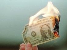 Доллар побил очередной рекорд падения
