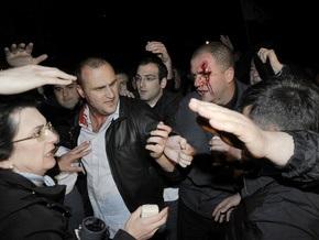 Шесть грузинских полицейских получили тяжелые ранения в столкновениях с оппозицией
