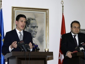 Британия и Кипр поддерживают вступление Турции в ЕС