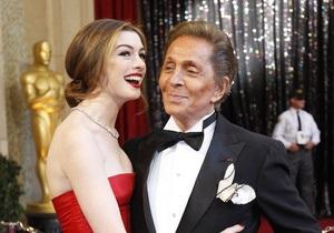 Легендарный модельер Валентино отмечает 80-летие