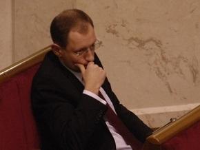 Яценюк заявил, что нардепы затеяли игру: Стань членом Рады и выиграй золотую перчатку