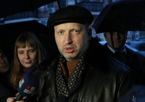 Турчинов: В Генпрокуратуре мне предложили посмотреть запись передачи Шустер-live