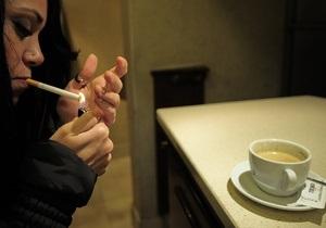В Лос-Анджелесе начали штрафовать за курение дома