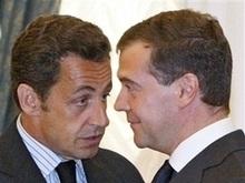 Медведев настаивает на подписании соглашения между Грузией и Южной Осетией