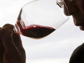 Ученые: Пьяный мужчина ощущает себя более сексуальным