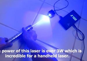 Новости США - странные новости: Житель США создал копию светового меча из Звездных войн