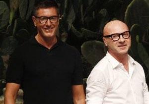 В Милане обнаженный мужчина выбежал на подиум на показе Dolce&Gabbana
