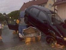 Сотни людей пострадали из-за внезапного наводнения в Германии