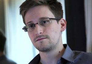 США просят Россию не выпускать Сноудена из транзитной зоны Шереметьево