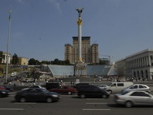 Черновецкий запретил парковаться на тротуарах Крещатика