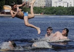 Спикер Крыма: Пляжи должны быть бесплатными только для местных жителей