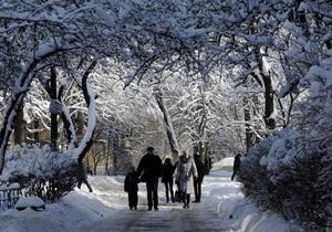 Синоптики: Новый год будет без снега, а зима - теплой