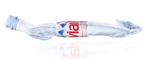Новая эко-бутылка воды Эвиан