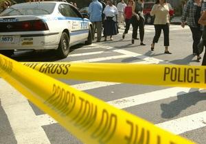 В США мужчина застрелил водителя школьного автобуса и удерживает в заложниках ребенка