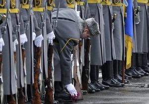 Кабмин намерен увеличить пенсионный возраст военных