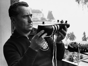 60 лет adidas:  культовый бренд отмечает самые яркие  моменты своей истории