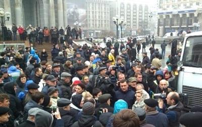 В Киеве на Евромайдане собрались около двух тысяч человек - МВД