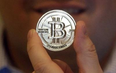 Курс виртуальной валюты Bitcoin впервые в истории вырос выше $1000