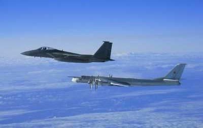 Китай отправил истребители в небо над спорными островами