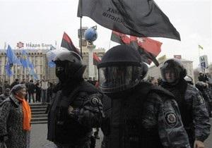 Милиция отняла аппаратуру у организаторов акции на Майдане. Те заявили о готовящемся штурме
