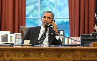 Уже 100 000 человек просят Обаму усложнить жизнь украинским властям