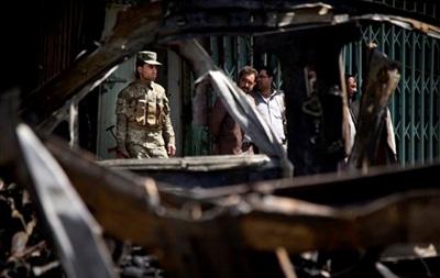 В Ираке во время похорон влиятельного борца с Аль-Каидой смертник взорвал 12 человек